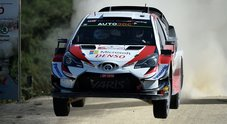 Toyota guida il rally del Portogallo, tre Yaris davanti. Disastro Hyundai