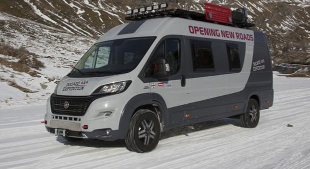 fiat ducato 4x4 expedition il camper van che ama l 39 avventura anche off road. Black Bedroom Furniture Sets. Home Design Ideas