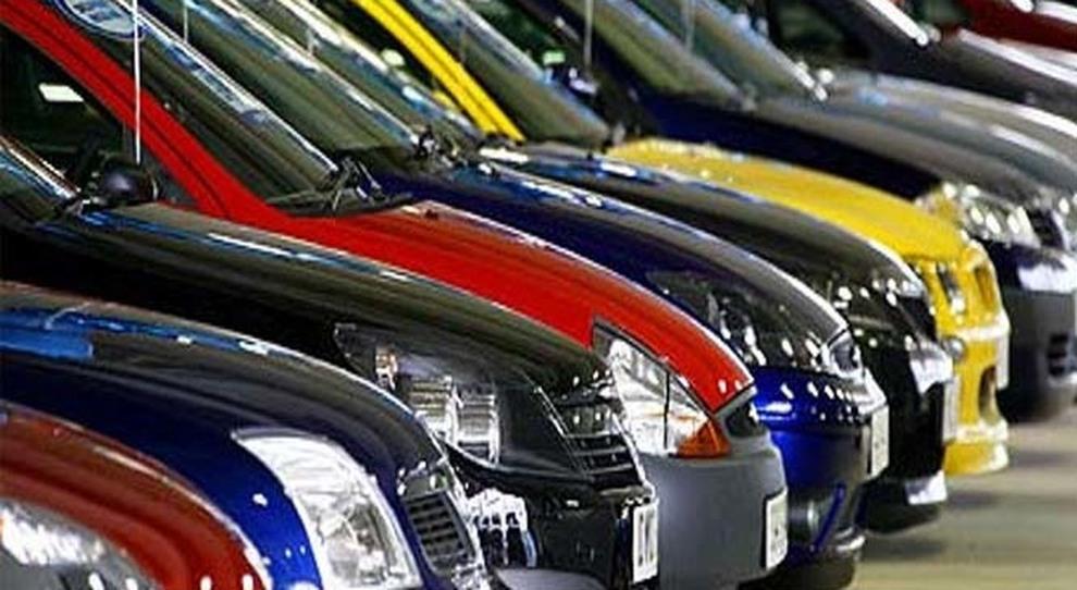 Mercato Auto In Agosto Vendite Al Galoppo Negli Otto Mesi - Mercato car show