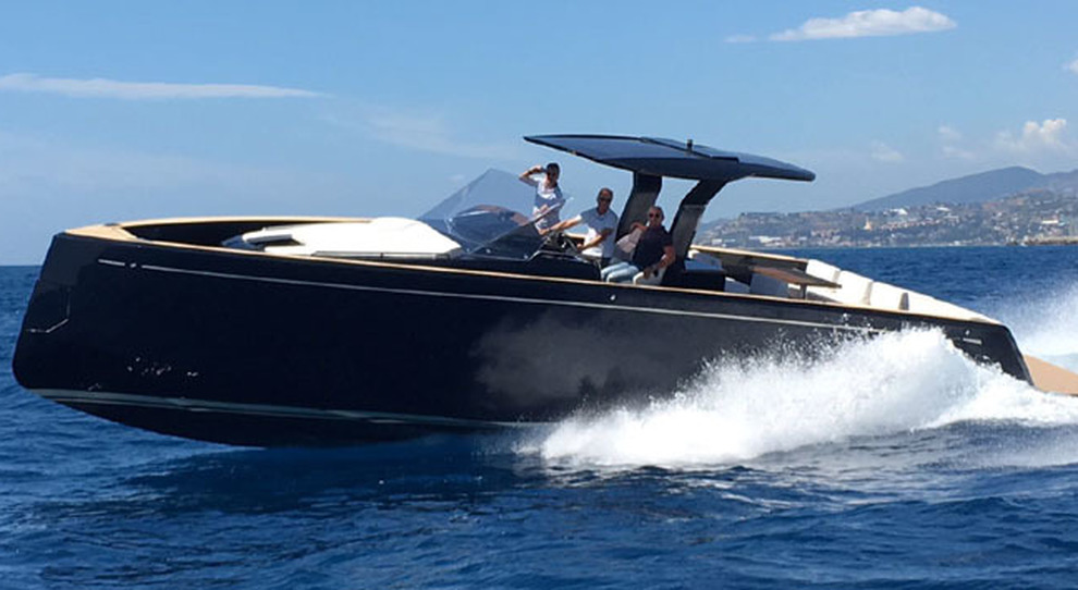 Pardo 43 La Prima Barca A Motore Dopo 44 Anni Di Vela Un