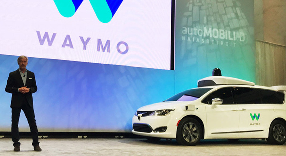 La Chrysler Pacifica di Waymo presentata all'ultimo salone di Detroit