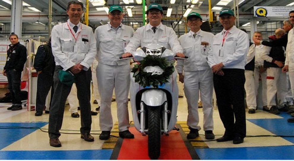 Atessa Prodotto Nello Stabilimento Abruzzese Il Milionesimo Honda Sh