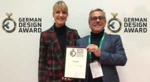 "Qooder premiato in Germania. Il veicolo a 4 ruote di Quadro ha vinto l'""Excellent Product Design"""